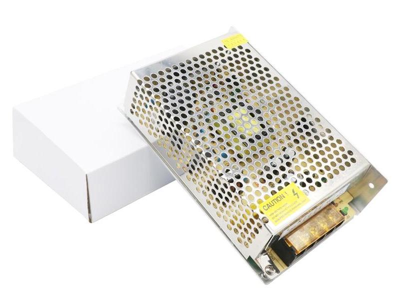 Boitier d'Alimentation avec LED, Adaptateur et transformateur 12V 5A